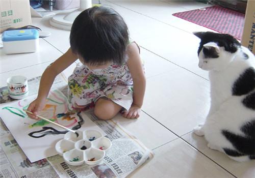 2岁以下儿童接触猫易过敏